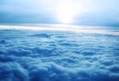 σύννεφα ουρανός